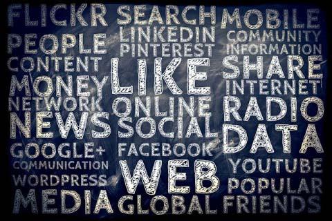 Redes Sociales, hacer comunidad Com in-Genio
