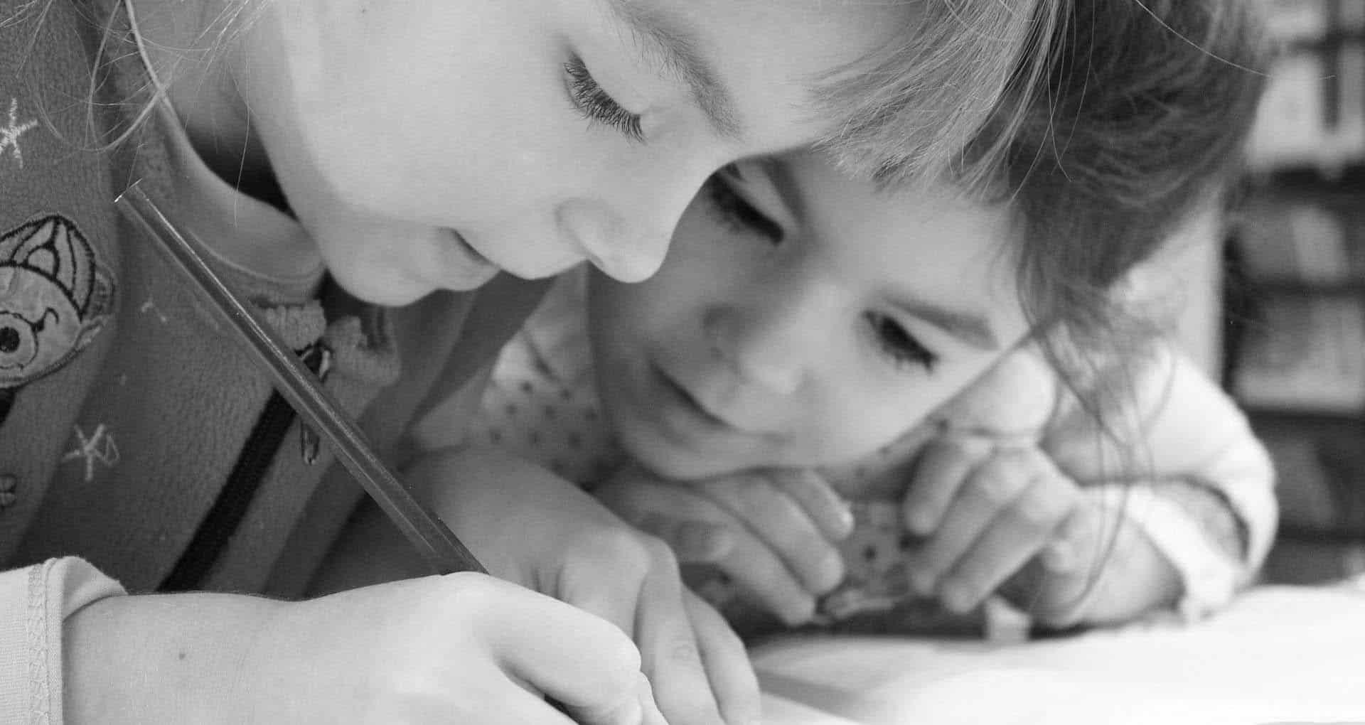 Imagen representativa de los valores e ideales de Com in-Genio, la investigación, la colaboración, la curiosidad y la pasión por aprender.